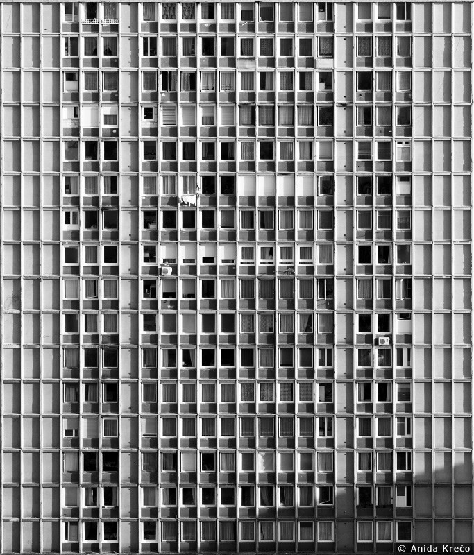 Stambena zgrada, Sarajevo ©Anida Krečo