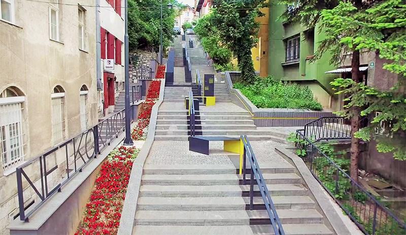 Stepenište u ulici Pruščakova