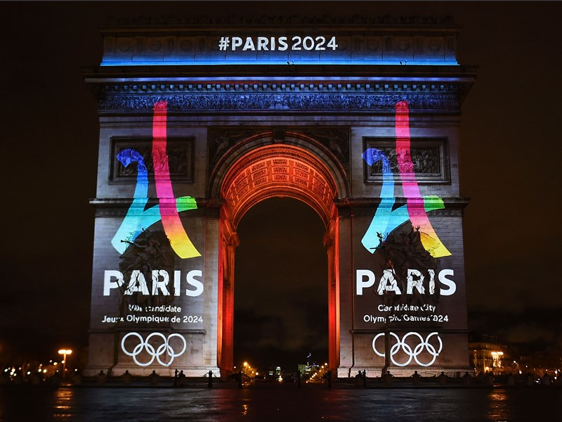 Zvanični logo kampanje za olimpijske igre u Parizu 2024. godine, Arc de Triomphe ©https://static.independent.co.uk/s3fs-public/thumbnails/image/2016/02/12/09/paris2024.jpg