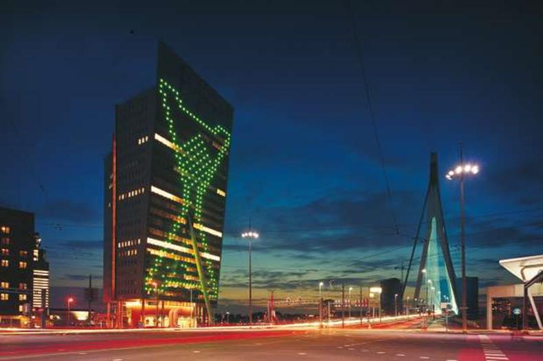 KPN toranj, Rotterdam  Izvor fotografije: http://images.studiodumbar.com/images/sized/projects/kpn-tower-identity-07_620_413_60.jpg