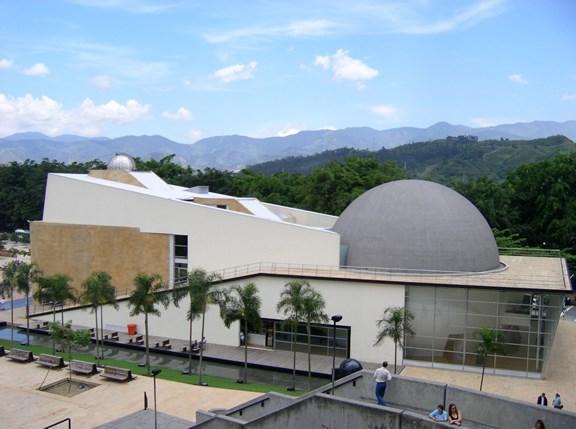 Planetarij http://discovercolombia.com/medellin-planetarium/