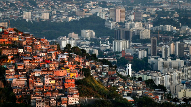 Medellin: prostorna nejednakost http://www.telesurtv.net/english/multimedia/Inequality-in-Latin-America-Chasm-Grows-Between-Rich-and-Poor-20160614-0025.html