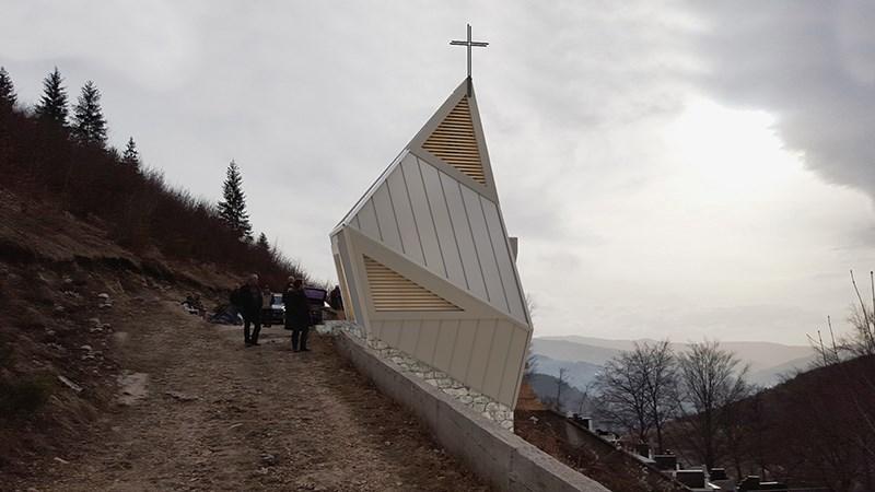 Kapelica u Paklarevu, Travnik